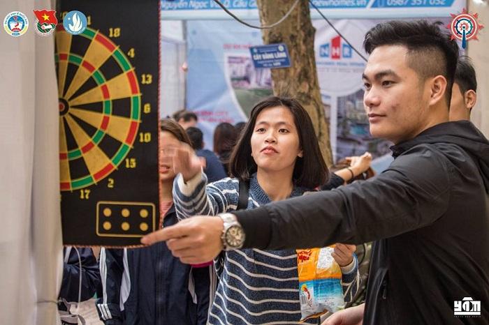Mini game phi tiêu của JobNow tại sự kiện NEU Career Expo