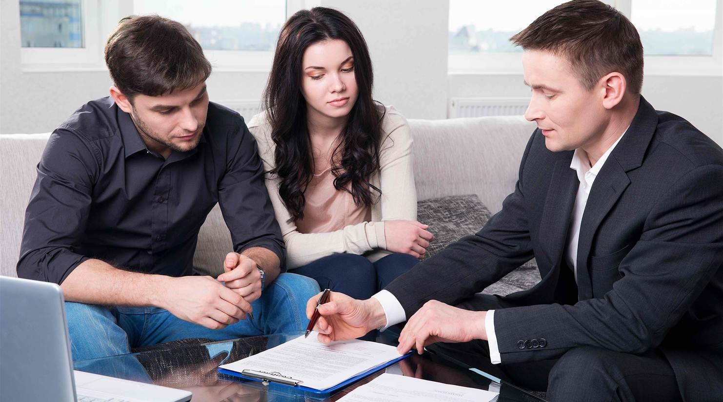 Có rất nhiều yêu cầu cần có ở một Sales Executive