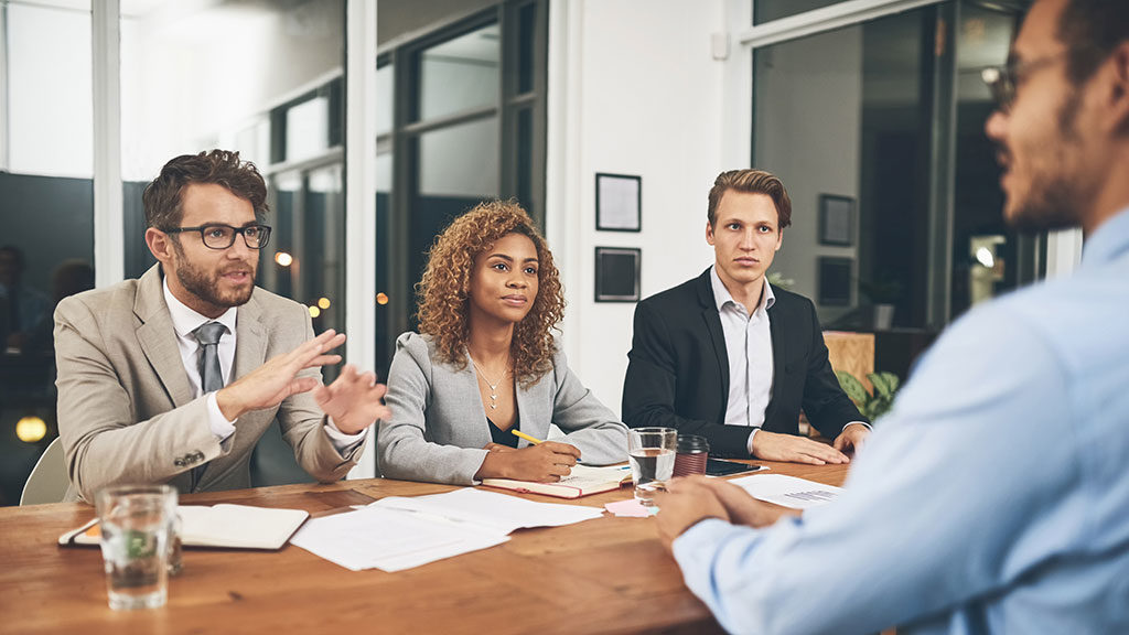 Phỏng vấn và lựa chọn ứng viên phù hợp