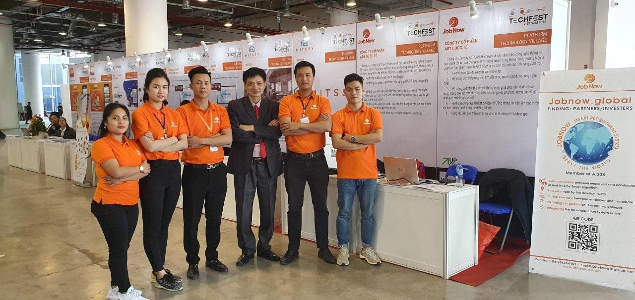 Đội ngũ JobNow tham gia sự kiện TechFest Việt Nam 2019
